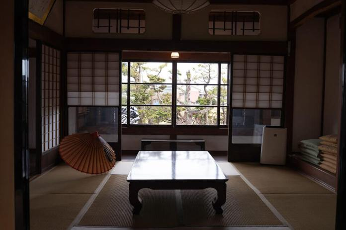 Wadaya Modern Old Japanese Style House with matted tatami rooms
