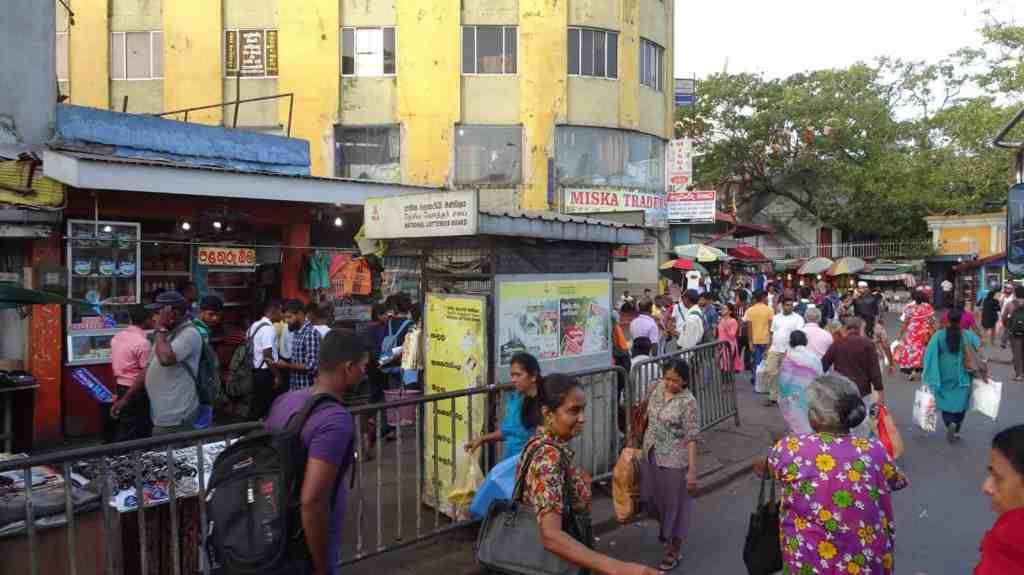 Pettah, street towards the market