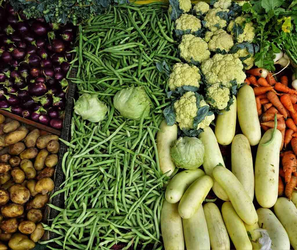 Save on food in Sri Lanka; local