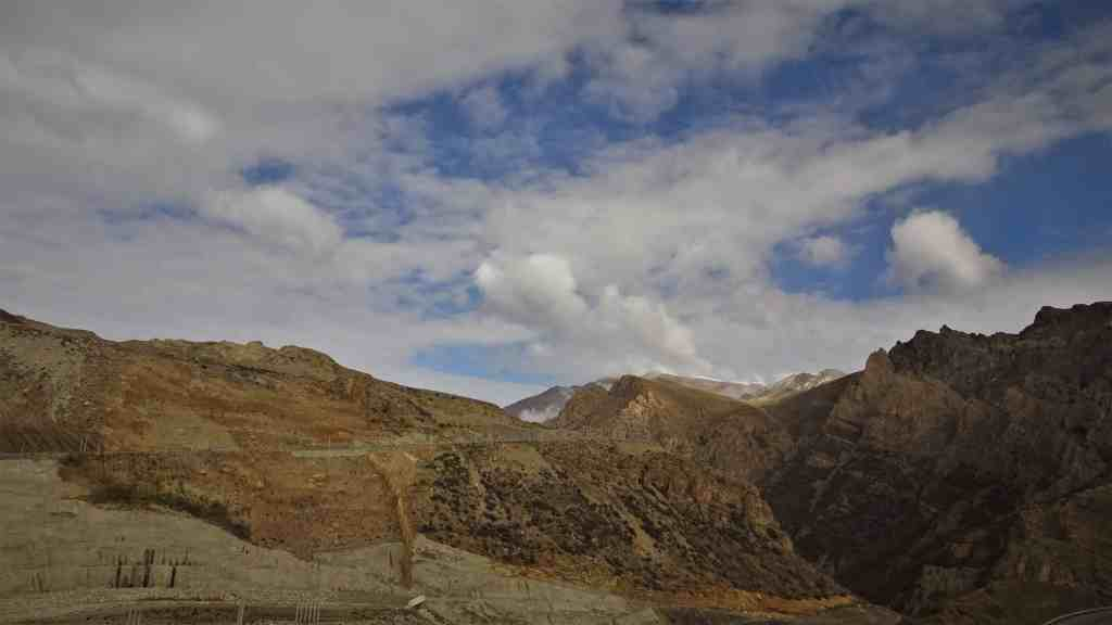Chalus Road Iran, dry mountains and roa