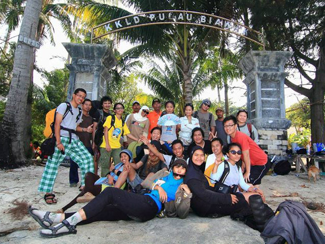 Hitchhiker Indonesia goes to biawak island