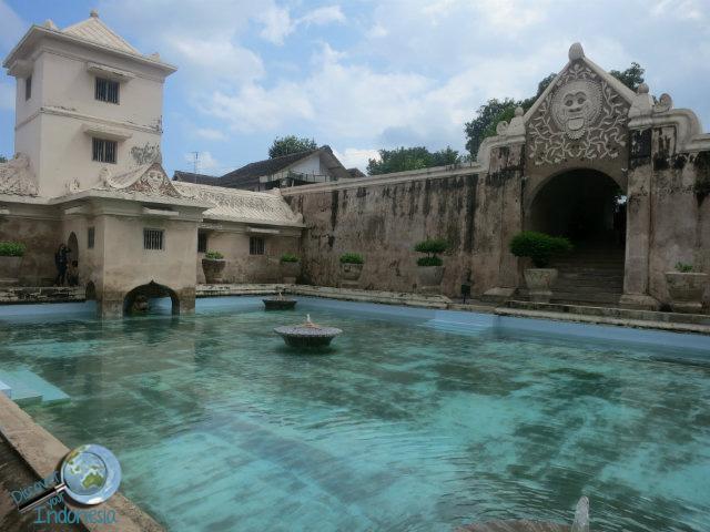 taman sari places to visit yogya