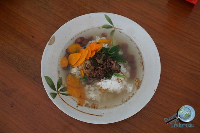 things to do around Borobudur - sop senerek