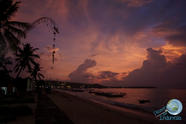 sunset at lembongan island