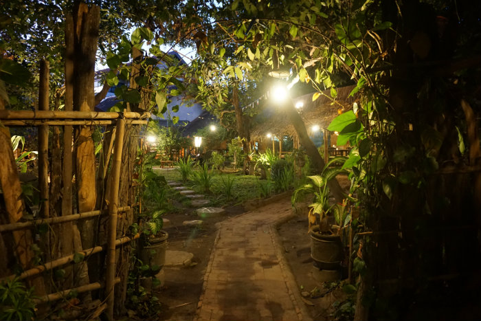 where to eat in yogyakarta vegetarian restaurant