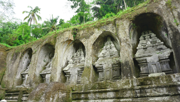 The five funeral shrines date back to the 11th Century. They were built for