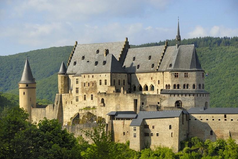 ESTATE IN LUSSEMBURGO E FESTIVAL MEDIOEVALE Vianden-Castle