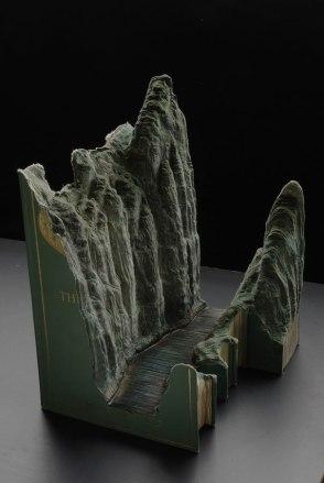 book-carvings-guy-laramee-2