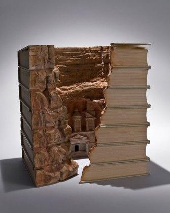 book-carvings-guy-laramee-8