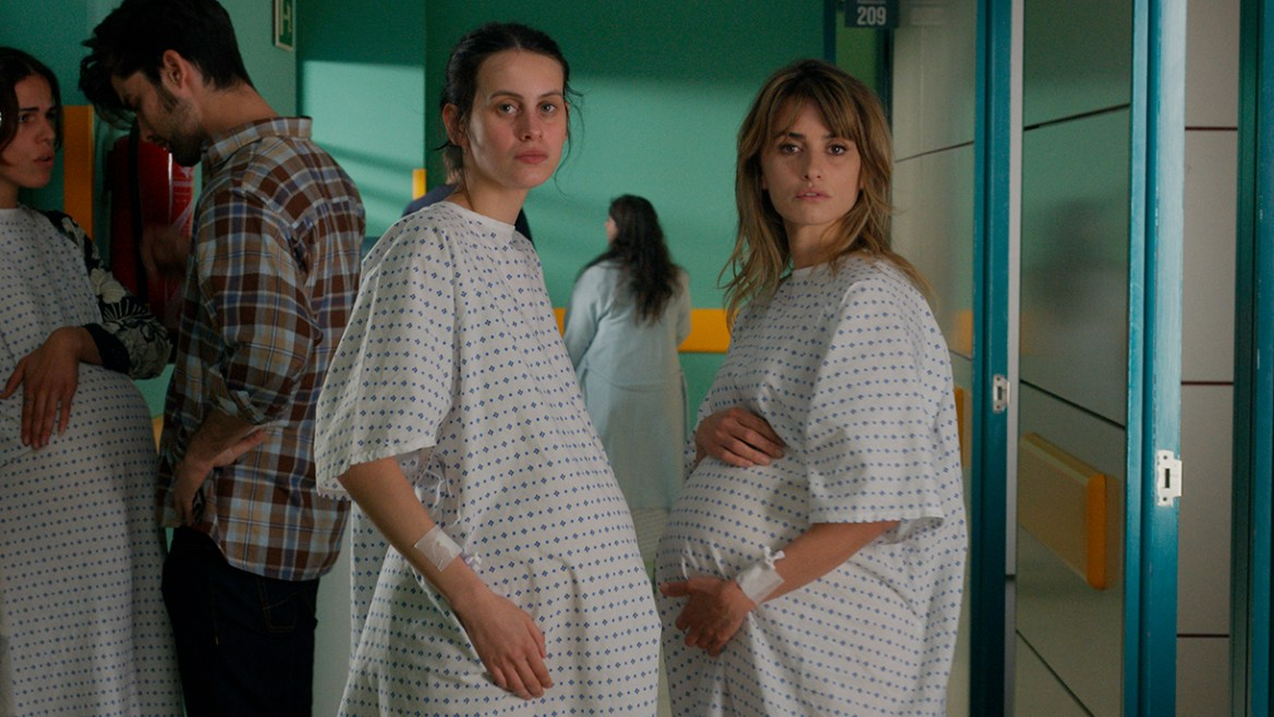 Penélope Cruz and Milena Smit Actress as two pregnant mothers in hospital scrubs in MADRES PARALELAS directed by Pedro Almodóvar
