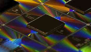 "Googleachieves""quantumsupremacy""withthe qubitSycamoreprocessor"