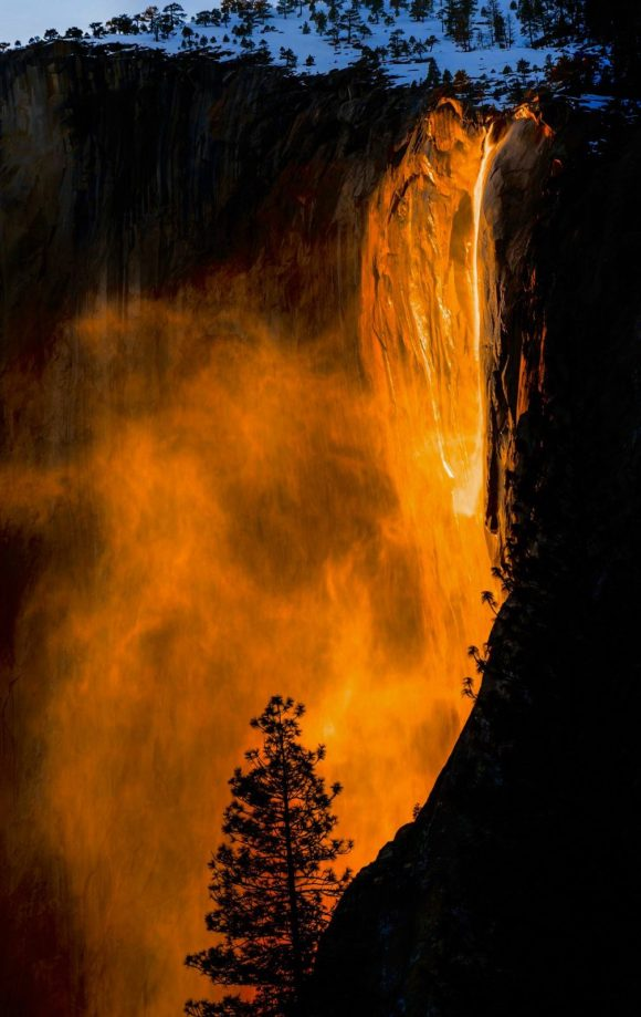 Yosemite's stunning 'fireball' phenomenon