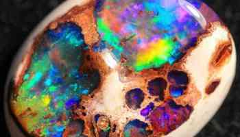 Behold a Rare Honeycomb Welo Opal