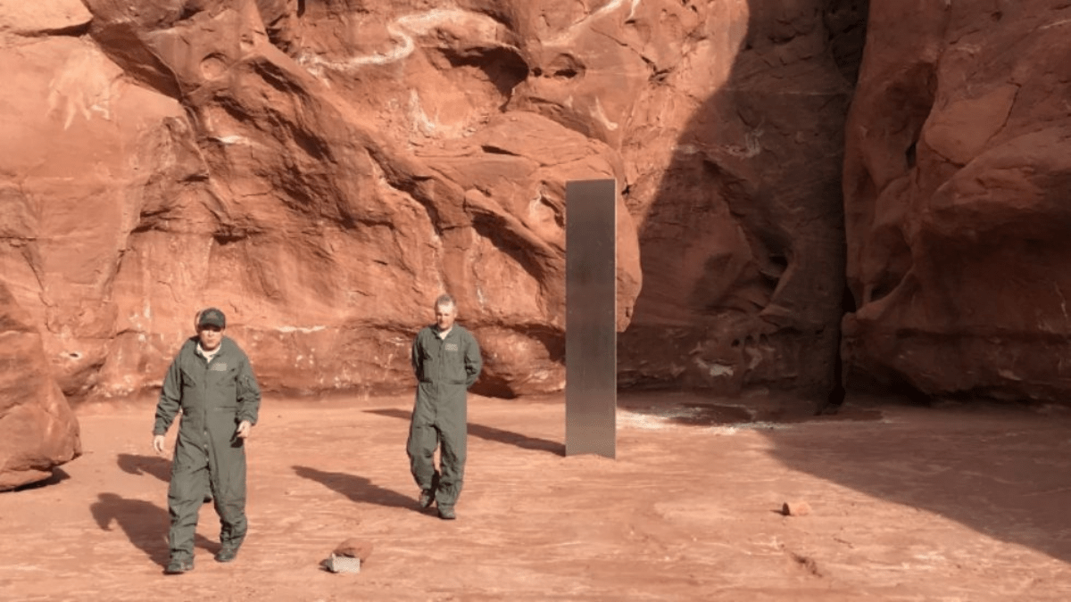 mysterious metal monolith found in remote utah desert