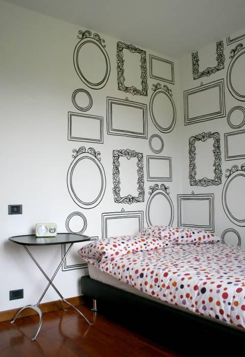 Decorazione Murale Realizzata A Pennello Nero Su Bianco In