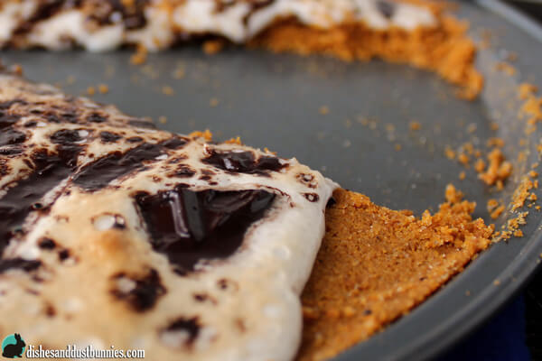 S'mores Cookie Pizza