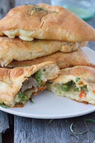 Shepherd's Pie Pockets from Eat. Thrive. Glow.