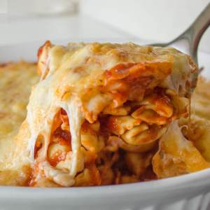 Baked 3 Cheese Tortellini from dishesanddustbunnies.com