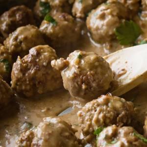 Swedish Meatballs Recipe from dishesanddustbunnies.com
