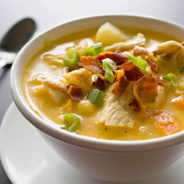 Chunky Chicken & Corn Chowder with Bacon