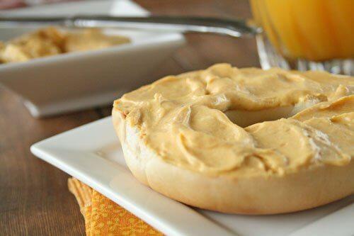 Pumpkin Spice Cream Cheese Spread from Lauren's Latest