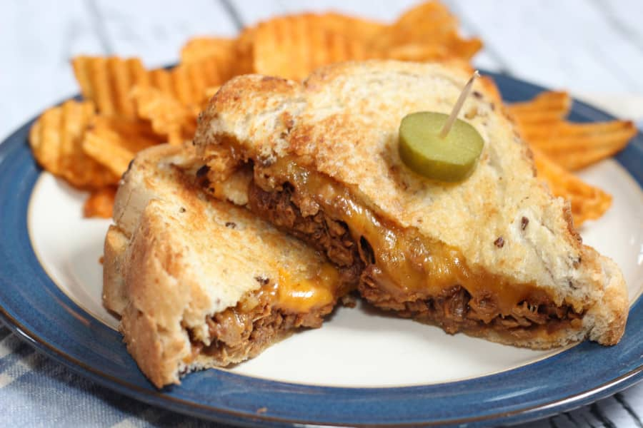 Pulled Pork Grilled Cheese Sandwiches from Mom vs The Boys