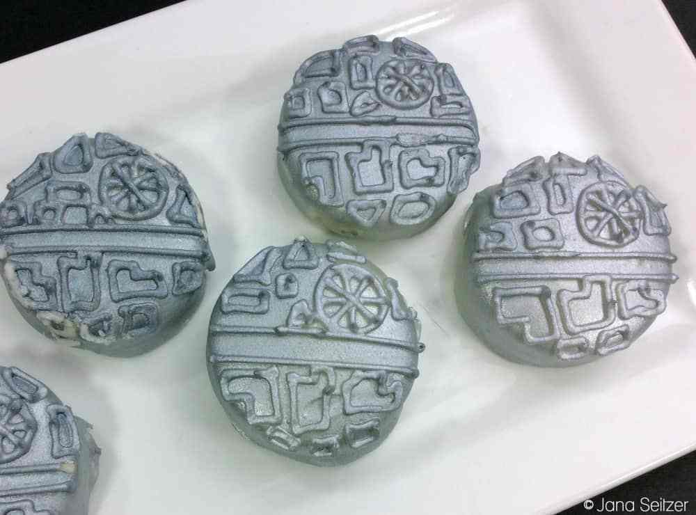 Star Wars Death Star Oreos from Whisky + Sunshine