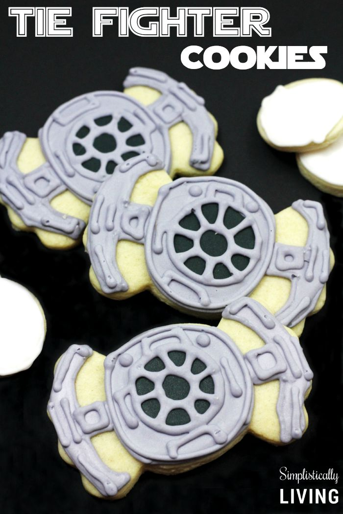 Star Wars TIE Fighter Cookies from Simplistically Living