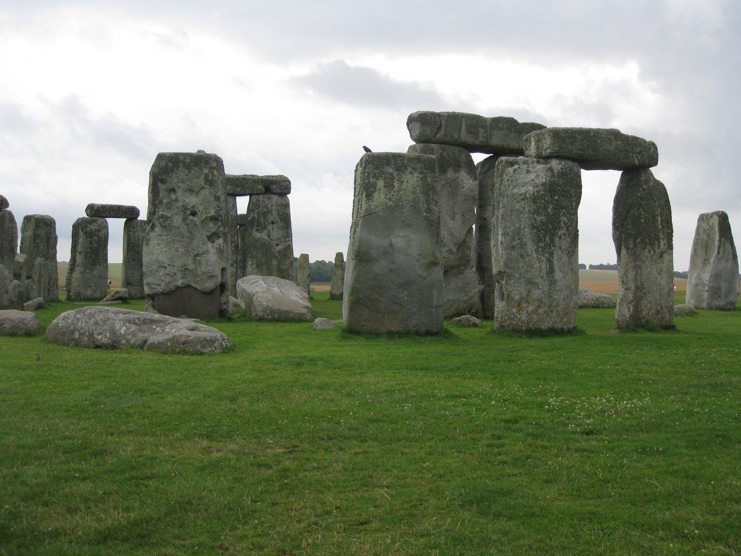 sml stonehenge