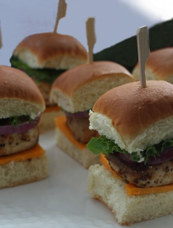 A Finger Food Favorite : Grilled Cobia Seafood Sliders Recipe