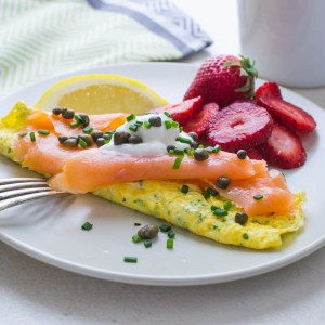 Salmon omelette and fruit