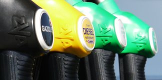 La farsa política con los motores de gasóleo
