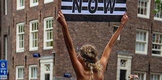 El Feminismo Corporativo y la muerte social