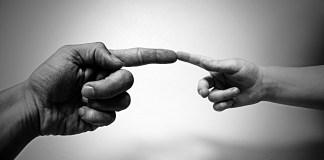 El nuevo paternalismo: el Estado es tu madre, tu padre... y tu Dios