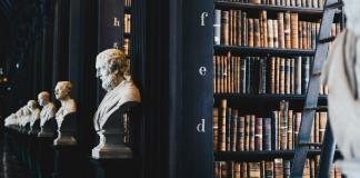Desdén de la filosofía hacia la polítiquería