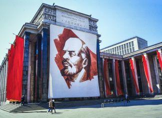 Normas y leyes, tiranía y democracia