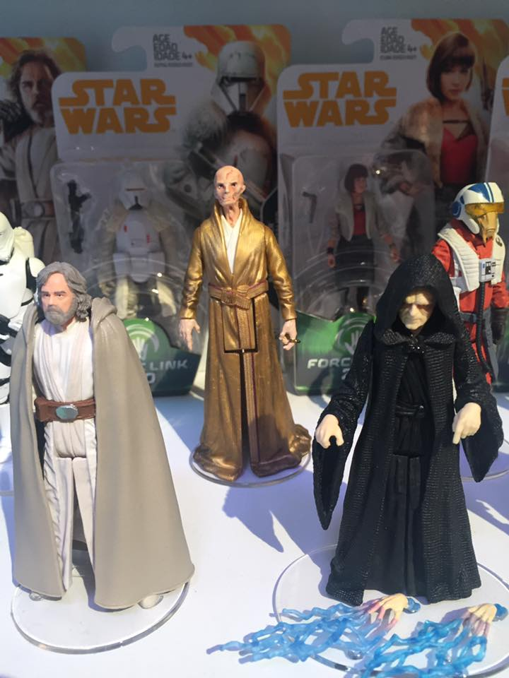 Force Link Action Figures