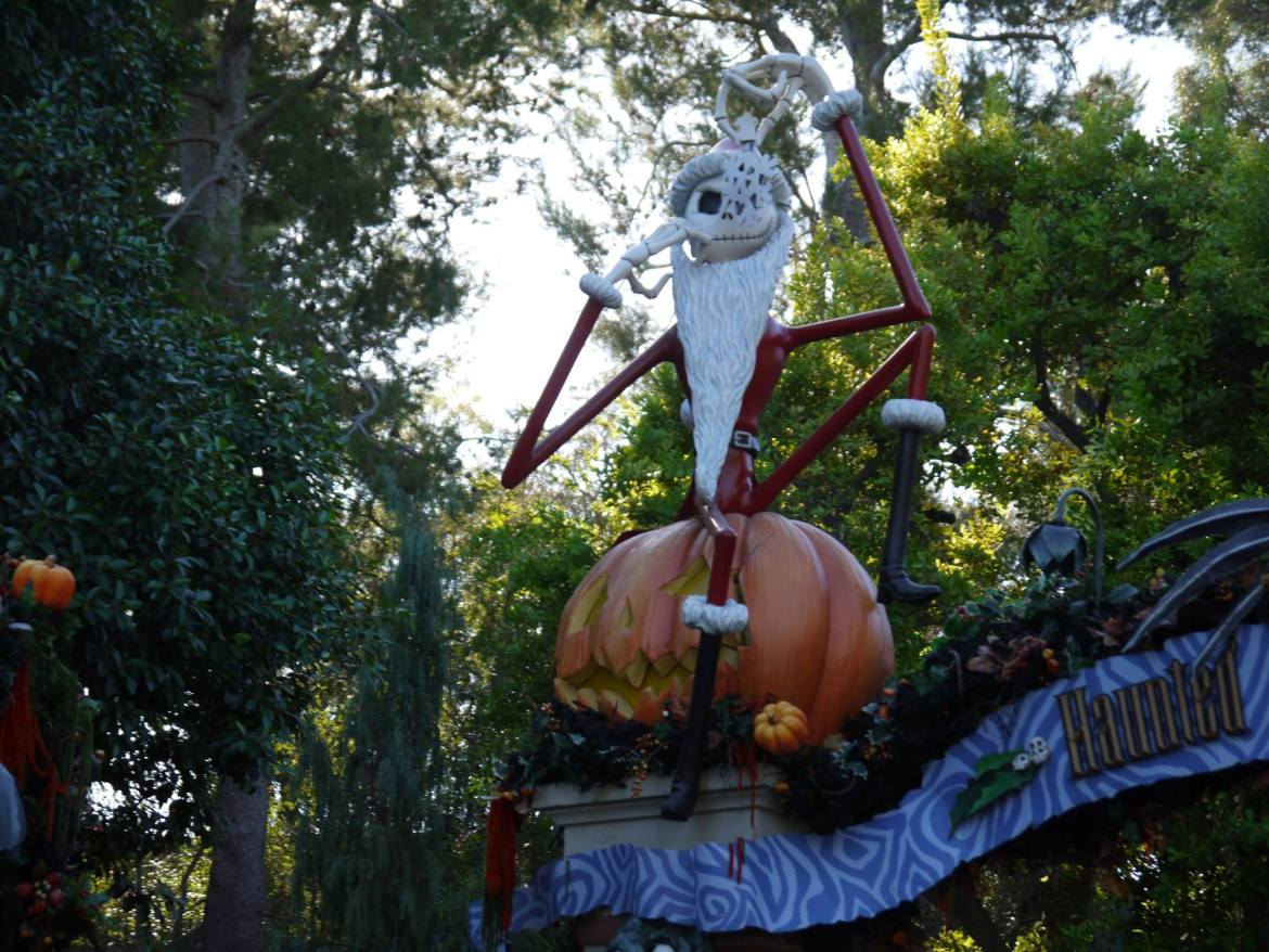Is Mickey's Halloween Party in Disneyland worth it?