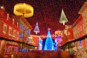 Is The Osborne Family Spectacle of Dancing Lights coming back in 2015? 3
