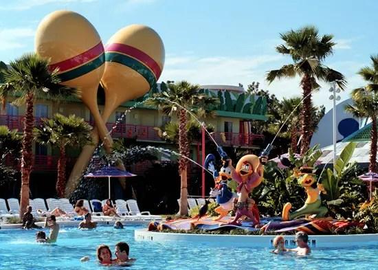 Can I pool hop at Walt Disney World?