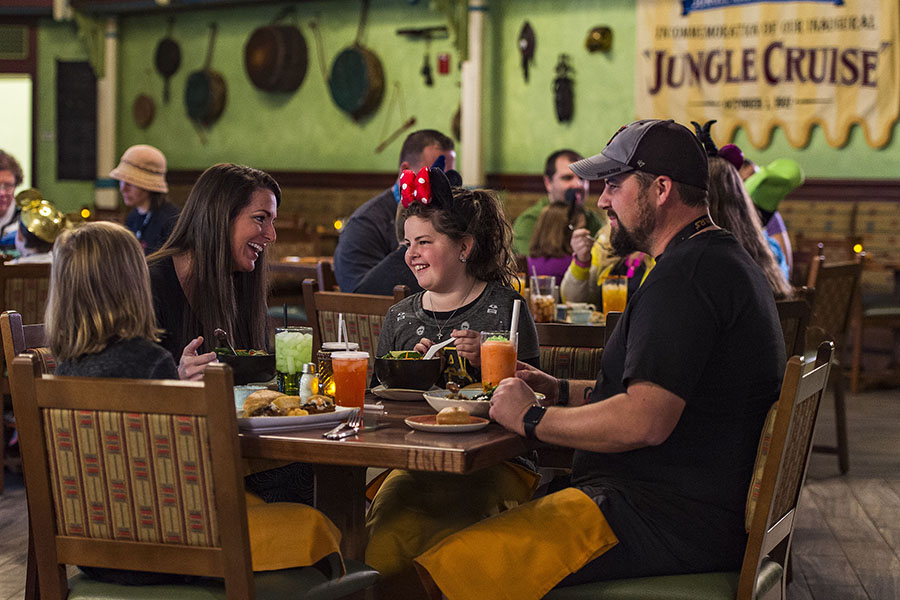 Walt Disney World Pro Tips: Dining At Disney