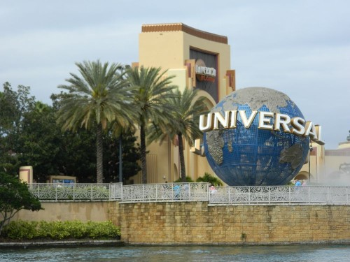 How Can I Get From My Disney World Resort to Universal Studios?