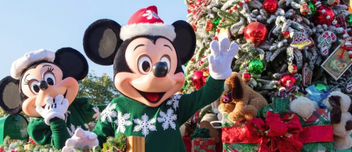 christmas decorations - When Does Disneyworld Decorate For Christmas