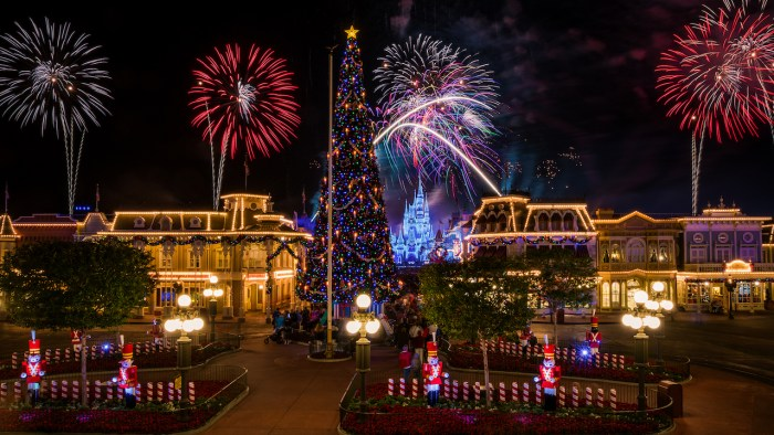 How The Magic Kingdom Goes From Spooky to Jolly Overnight