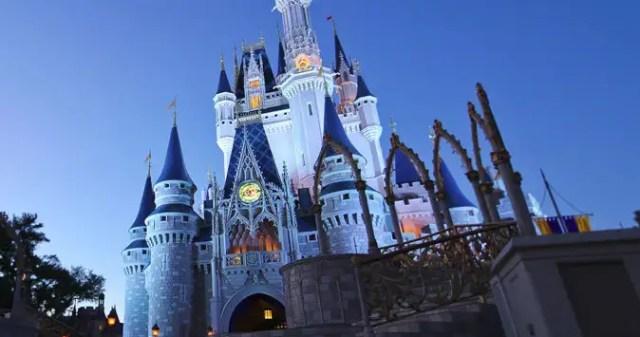 Cinderella Royal Table