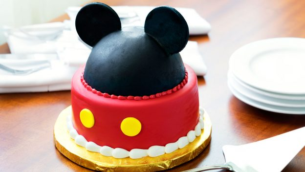 A Handful Of Wonderful Ways To Celebrate Your Birthday At Disneyland