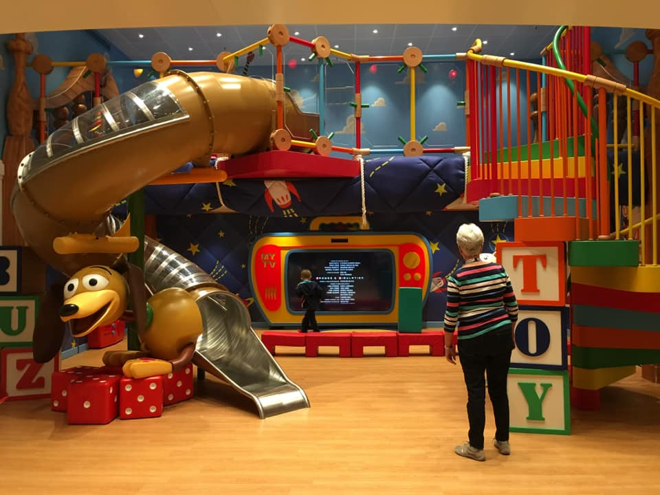 What Makes Disney Cruise Line Kids' Clubs So Special?