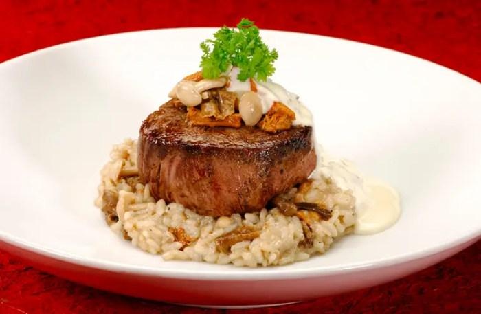 Filet & mushroom risotto