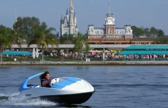 SeaRaycer boat