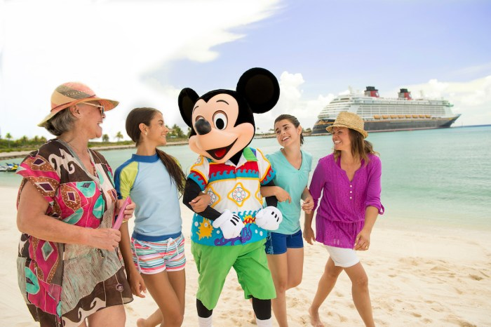What Should You Pack on Your 7-Night Tropical Disney Cruise?